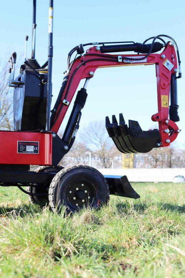 Mini-excavator-with-4-wheels_BVR600K_1