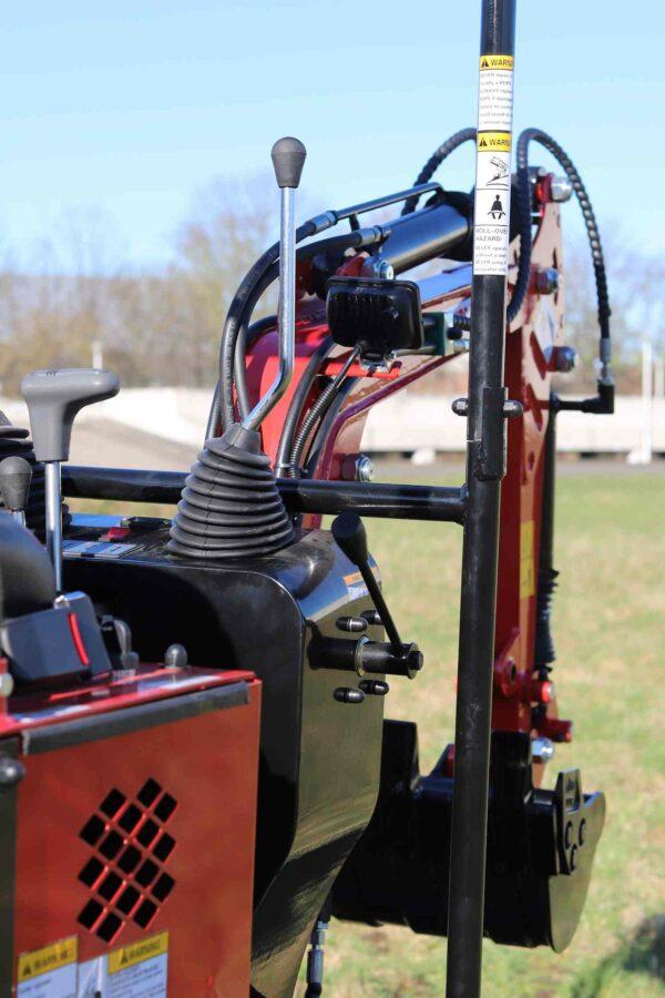 Mini-excavator-with-4-wheels_BVR600K_12